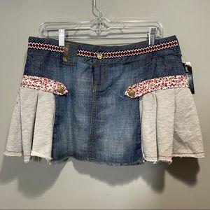 Women's Mini  skirt size 30